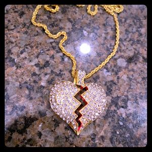 Nwot gold toned broken heart necklace